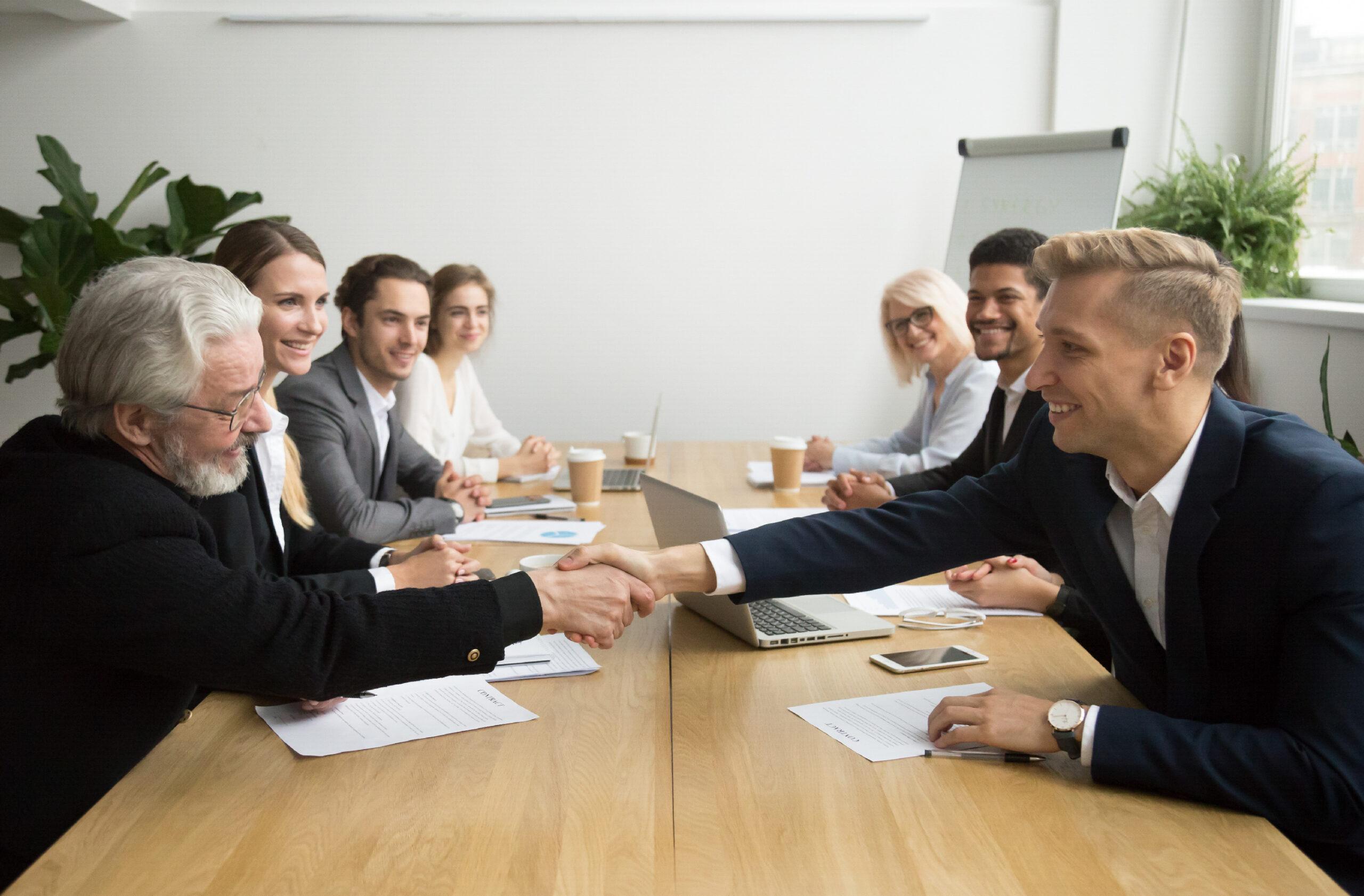 Businessmen Services | خدمات رجال الأعمال